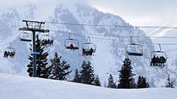 他のスキーリゾートのコーチの予定